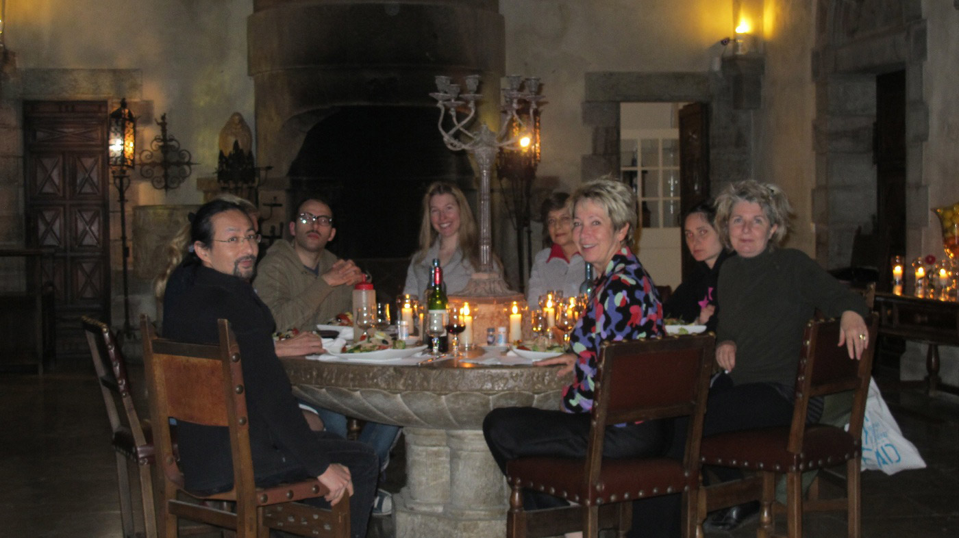 residency-group_dinner02